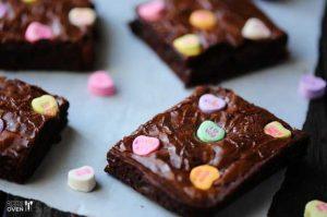 conversation-heart-brownies
